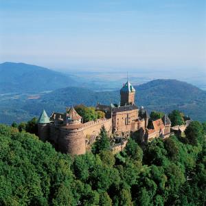 © Serge Lohner - Vue aérienne Château du Haut-Koenigsbourg (Châteaux avec le Pass'Alsace - Alsace 2017)