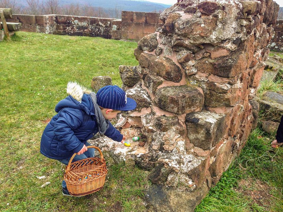 Chasse aux œufs au Château de Lichtenberg